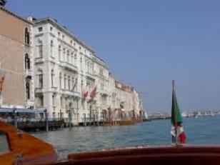 """Alienazione alloggi pubblici in Veneto: SUNIA, """"Erode e Pilato contro gli sfrattati!"""" – 15 febbraio 2010"""