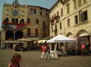 Prima i Veneti? Il CDS dice immigrati italiani e stranieri come i veneti nei bandi per la casa pubblica! – 27 agosto 2010